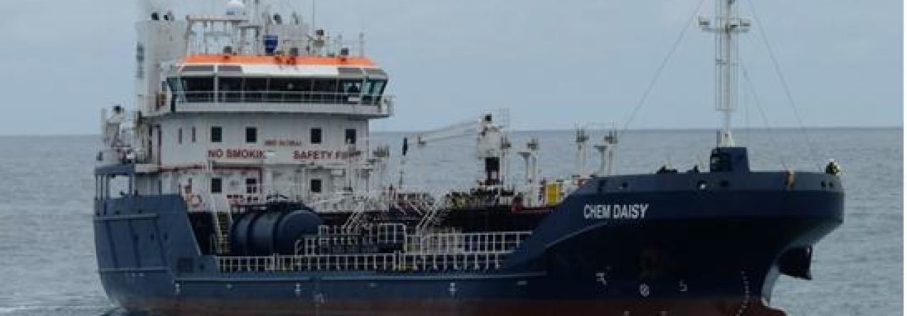 Transinsular apresenta novo navio para transporte de combustíveis no arquipélago