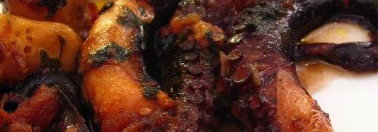 Polvo assado no forno açoriano candidato a Maravilha Gastronómica