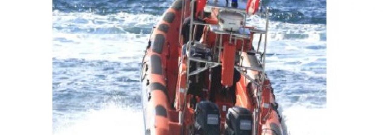 Nova embarcação de salvamento para a Capitania de Angra
