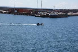 Trabalhadores portuários marcam greve