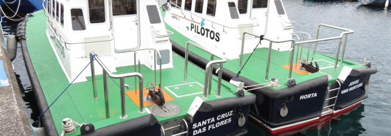 Nova lancha de pilotos batizada nas Lajes das Flores