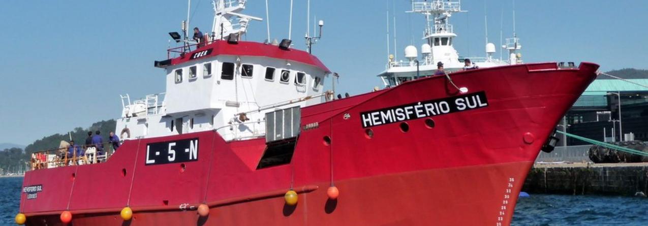 Barco de pesca afunda-se sem vítimas ao largo dos Açores