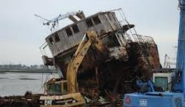 Organizações defendem abate urgente de navios para salvar pesca do palangre