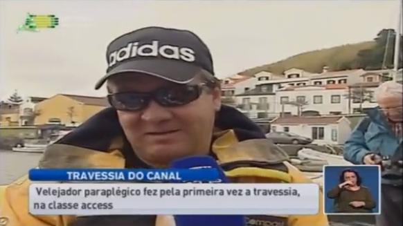 Velejador paraplégico atravessa o canal entre o Faial e o Pico (vídeo)