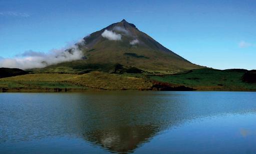 """Governo disponibiliza online e em livro compêndio didático sobre """"A Água nos Açores"""""""