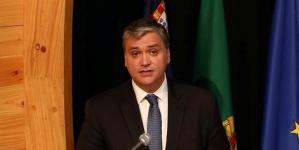 Portugal também tem muito a ganhar com potencial geoestratégico da Região, afirma Vasco Cordeiro