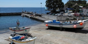 Autarquia de Lagoa inaugura posto de turismo do mar na Caloura