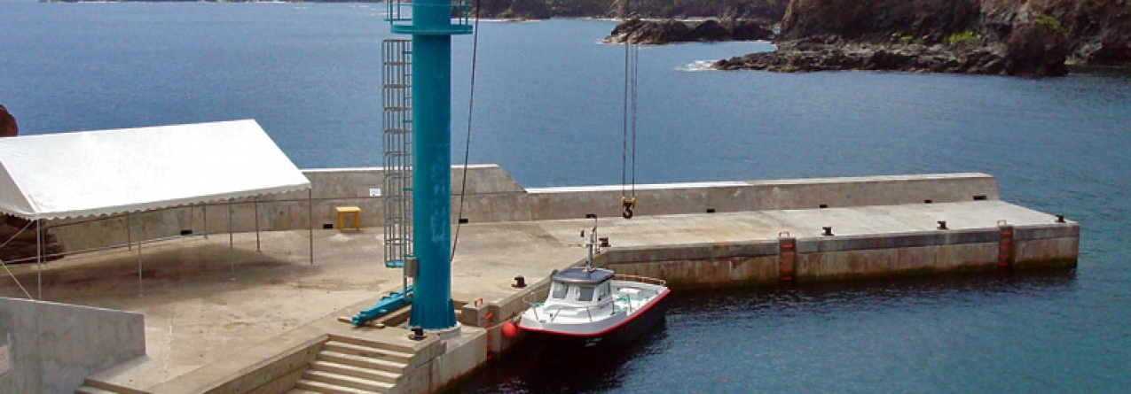 Abertos concursos para novas gruas em quatro portos de pesca dos Açores, num investimento superior a 320 mil euros