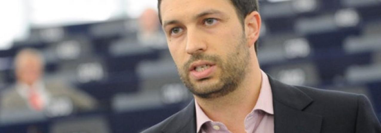 O Deputado do PCP ao Parlamento Europeu, João Ferreira apresenta projecto de relatório para a Economia Azul