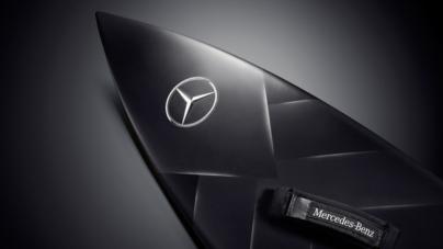 Mercedes-Benz produz prancha para Garrett McNamara