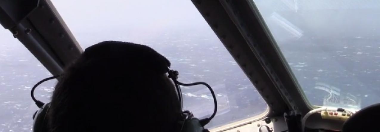 Grande operação de salvamento a 500 milhas a sul dos Açores envolvendo 5 veleiros // Veleiro afunda-se e tripulantes desaparecem (vídeo)