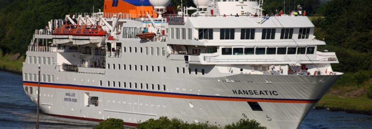 Navio de cruzeiros de expedição HANSEATIC visita as 9 ilhas açorianas
