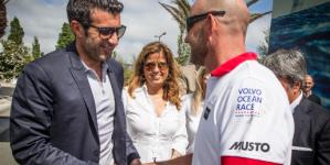 Craques do futebol acompanham a Volvo Ocean Race de perto
