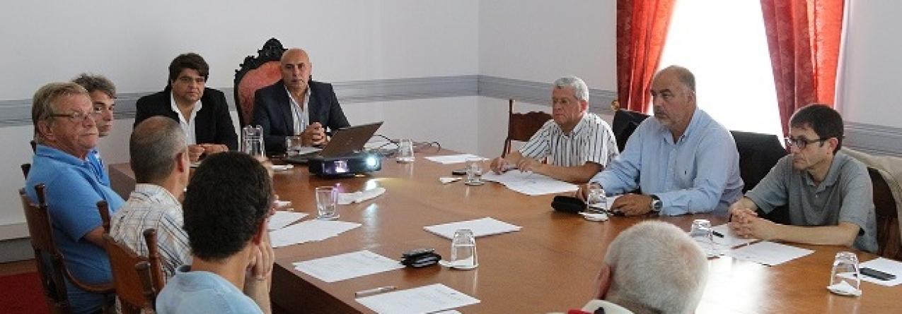 Escola do Mar dos Açores apresentada na Comissão Municipal para os Assuntos do Mar