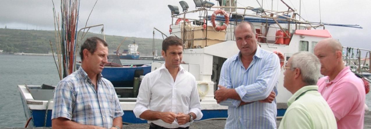 Governo dos Açores investe 400 mil euros em nova máquina de gelo no núcleo de pescas da Horta