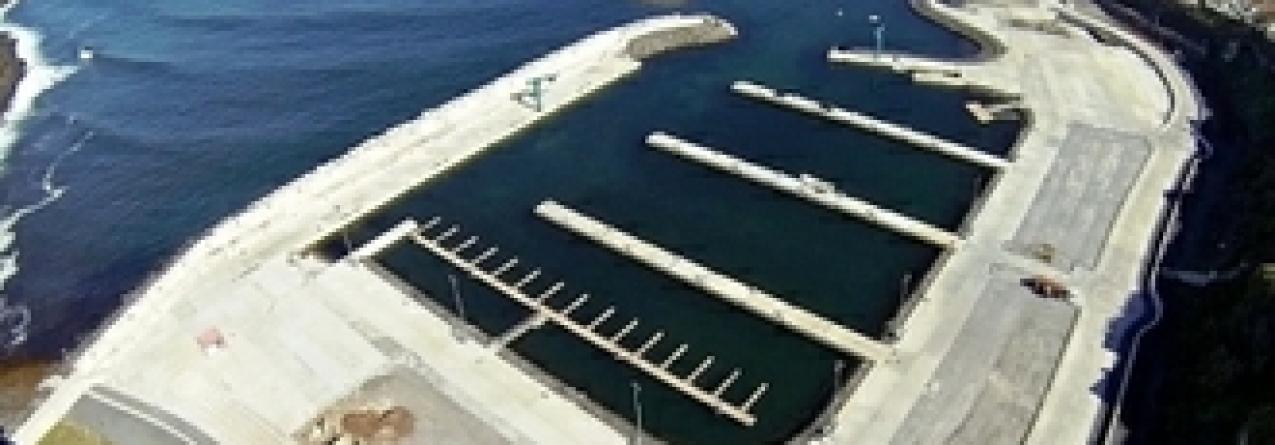 Agitação marítima danifica oito embarcações em Rabo de Peixe