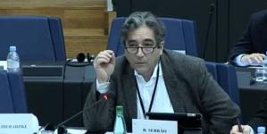 Ricardo Serrão Santos questiona Comissão Europeia sobre atrasos no apoio à Pesca