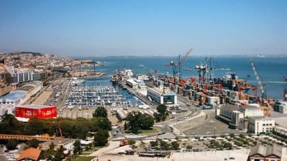 Greve no Porto de Lisboa põe em causa abastecimento dos Açores e da Madeira