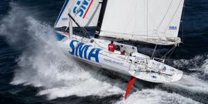 Tripulante de veleiro resgatado nos Açores em operação de risco