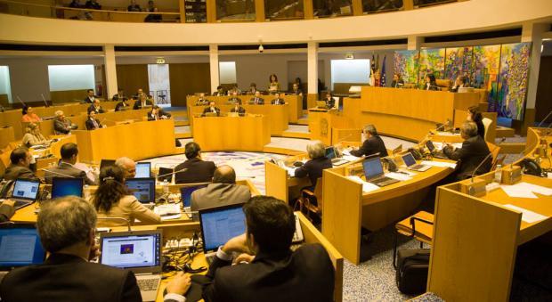 Comissão aos transportes marítimos dos Açores termina sem apurar responsabilidades políticas