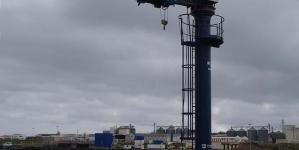 Núcleo de Pescas da Praia da Vitória tem uma nova grua