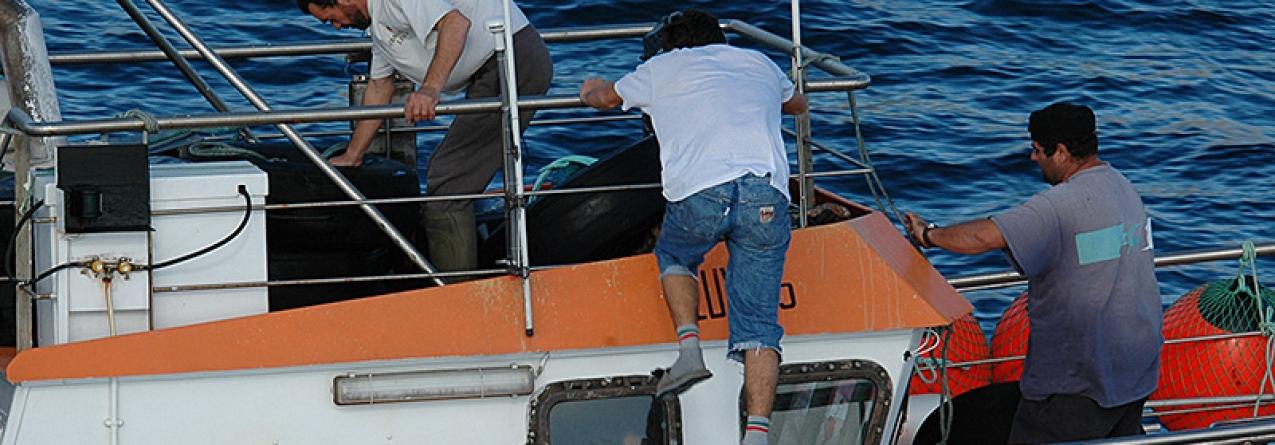 Maioria dos barcos de pesca dos Açores sem transmissor de emergência