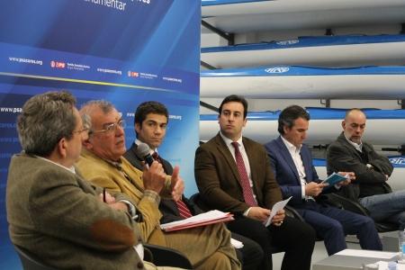 Líder parlamentar do PS/Açores aponta novos desafios para o setor das pescas