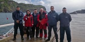 Operação de resgate de dois tripulantes do veleiro PLUMES na ilha das Flores