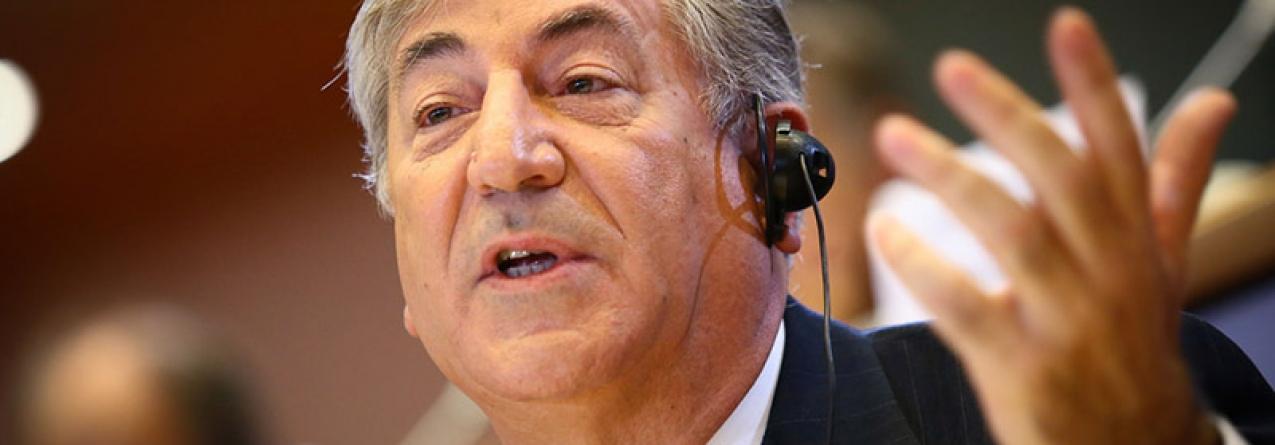 Açores // Comissário europeu das Pescas recebe em julho parecer científico e só depois discute quotas