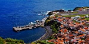 Ilha do Corvo // Gruas do Porto da Casa estão todas avariadas, acusa o PPM