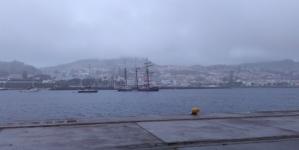 Porto da Horta // Polícia Marítima encontra e devolve jovens ao navio SALOMON
