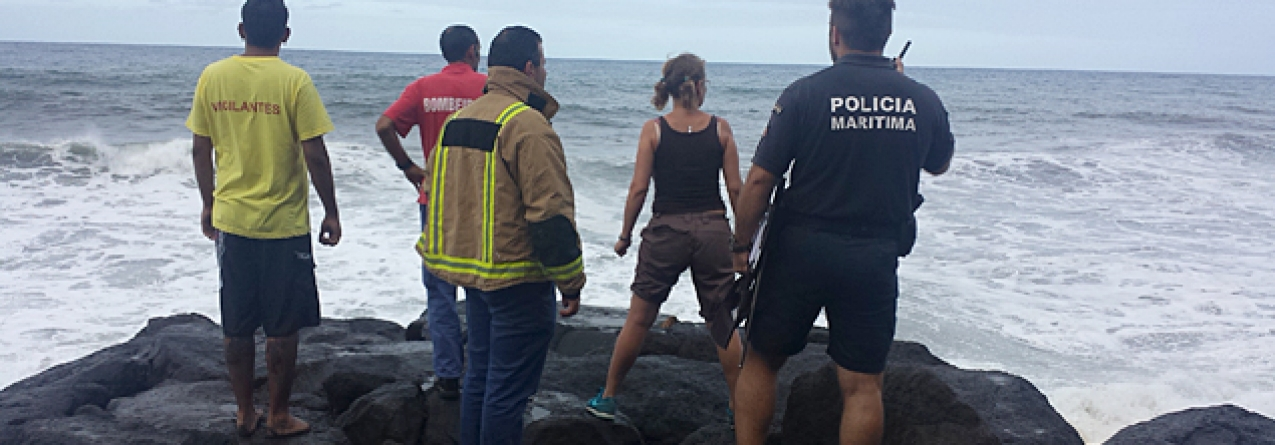 Homem salva criança de 13 anos e é arrastado pela corrente na Praia do Lombo na ilha de São Miguel