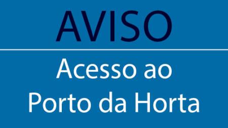 Encerramento do portão situado junto ao edifício da exploração do cais comercial do Porto da Horta