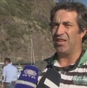 São Jorge recupera lancha baleeira (vídeo)