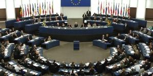 Parlamento Europeu aprova reforço de acções de controlo da pesca nas Regiões Ultraperiféricas