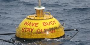 Boias ondográficas monitorizam em tempo real estado do mar nos Açores desde 2004