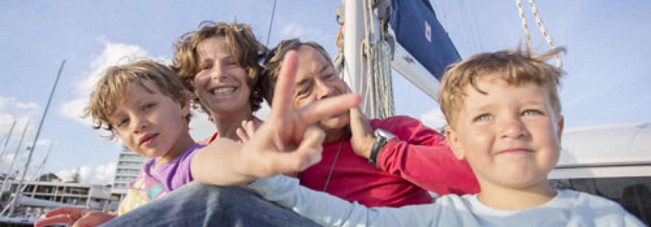 Como uma família açoriana preparou uma volta ao mundo em catamarã