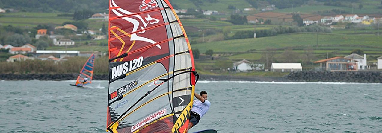 Praia da Vitória recebe Campeonato Mundial de fórmula de windsurf na próxima semana (vídeo)