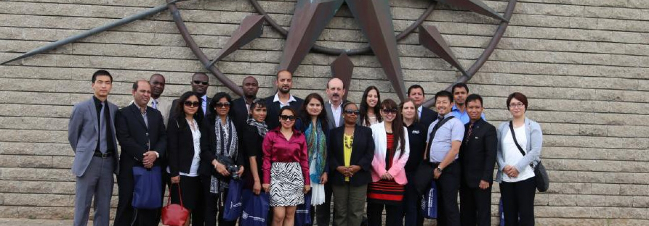 Embaixadora do Panamá realça a «formação reconhecida a nível internacional» oferecida na ENIDH