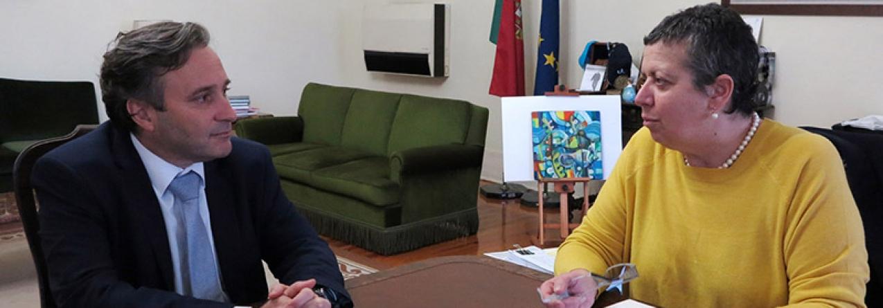 Governo dos Açores trabalha com vista à redução de custos do transporte marítimo de carga