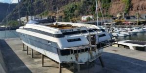 'Lancha voadora' ligada à droga vai ser recuperada para fiscalizar mar da Madeira