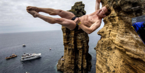 Ilhéu de Vila Franca do Campo vai receber Red Bull Cliff Diving (vídeo)