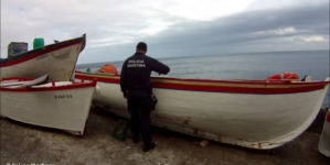 São Miguel // Policia Marítima apreende embarcação sem registo