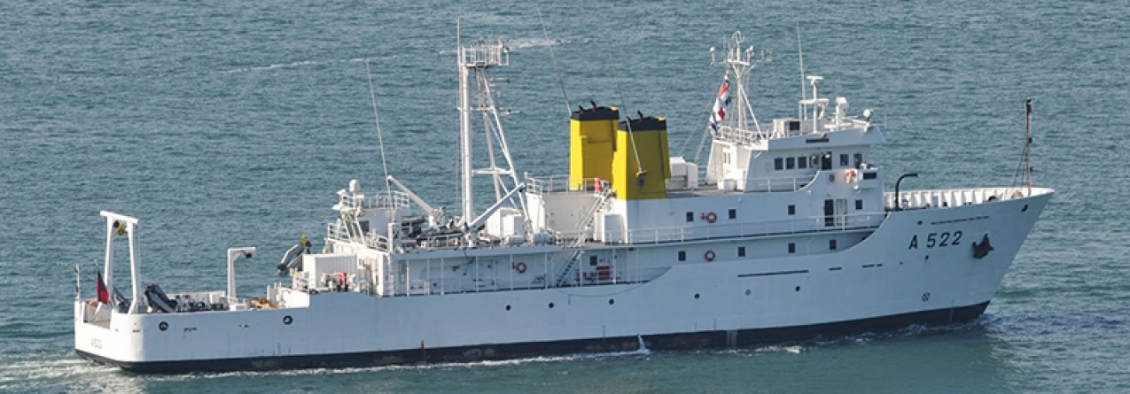 Navio D. Carlos estuda Mar dos Açores (som)