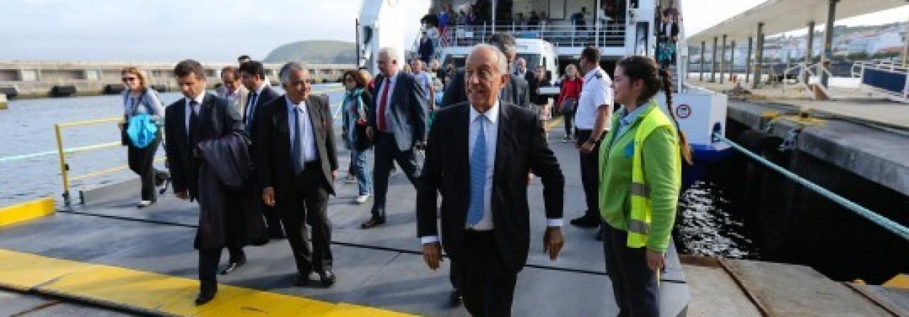 """""""Isto é a insularidade vivida"""", diz Marcelo após travessia do Canal do Faial"""