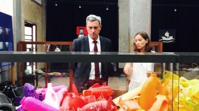 Gui Menezes afirma que é responsabilidade de todos evitar que o lixo que produzimos acabe no mar