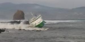 Transporte marítimo de carros nas ilhas do Triângulo suspenso até março