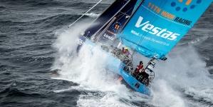 Mais um acidente na Volvo Ocean Race. Vestas perde mastro