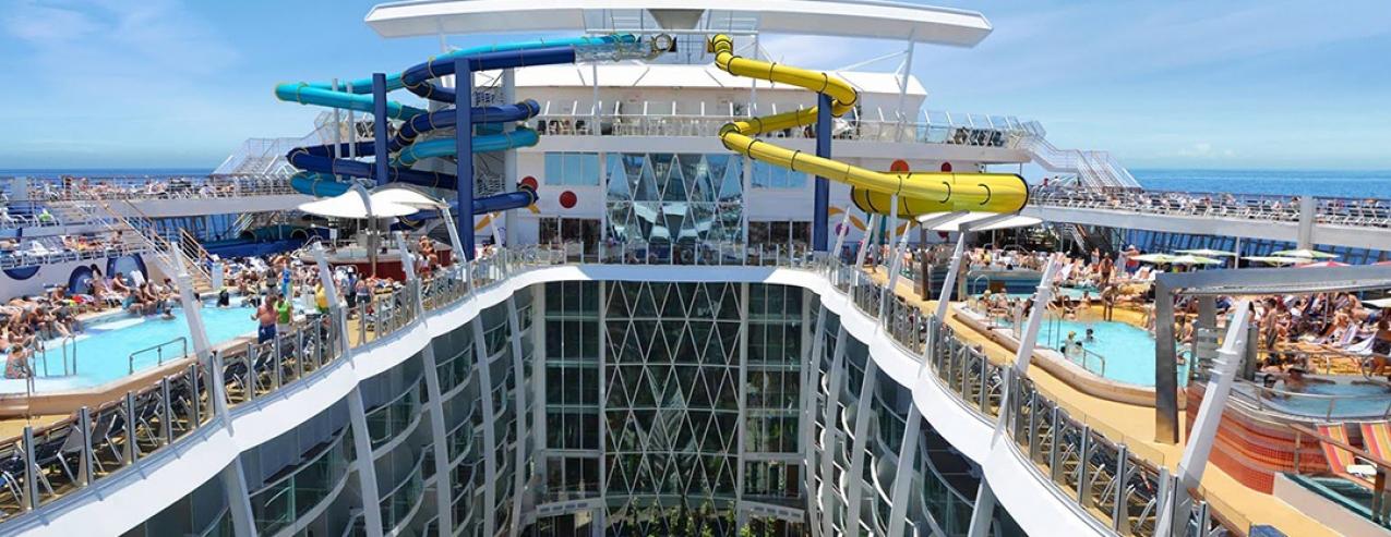 A primeira viagem do maior navio de cruzeiro do mundo