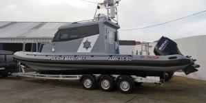 Embarcação de alta velocidade «Ponta Delgada» reforça embarcações semirrígidas da Polícia Marítima